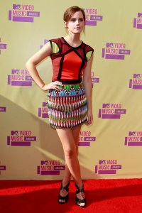 emma_watson_colourblocking_mtv_2012